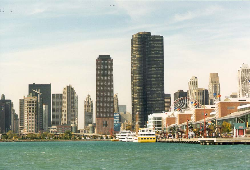 Navy Pier and Lake Point Tower. Chicago