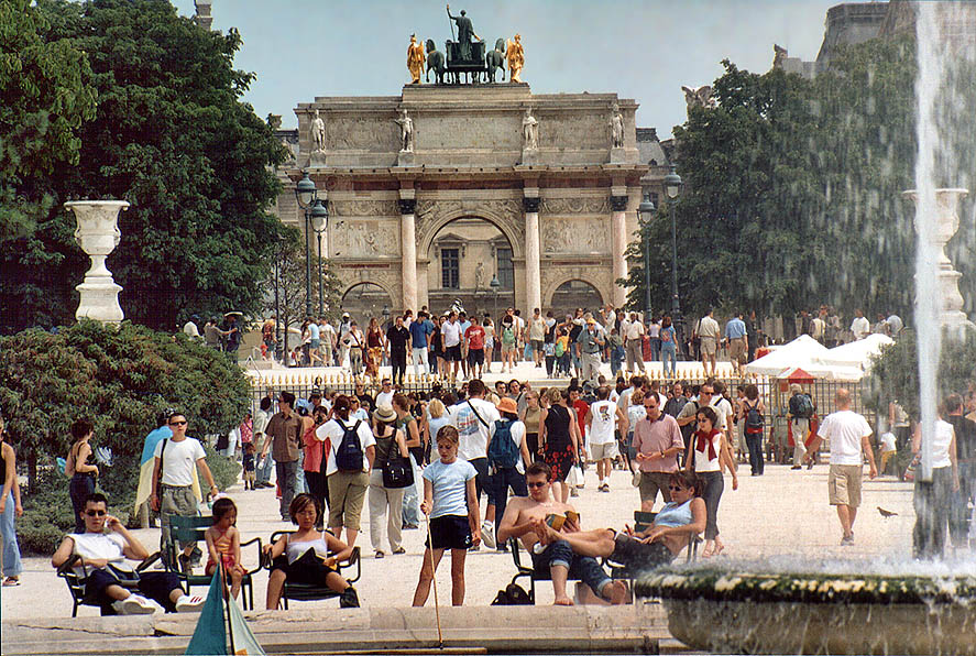Jerusalem, Lifta - Paris  - Jardin des Tuileries garden. Paris