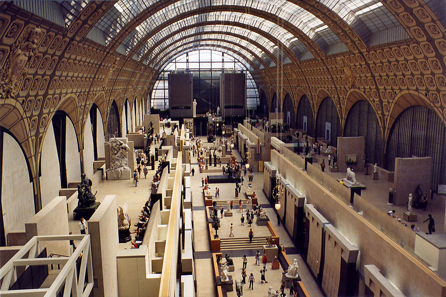 Paris  - Museum d'Orsay, Central Alley. Paris