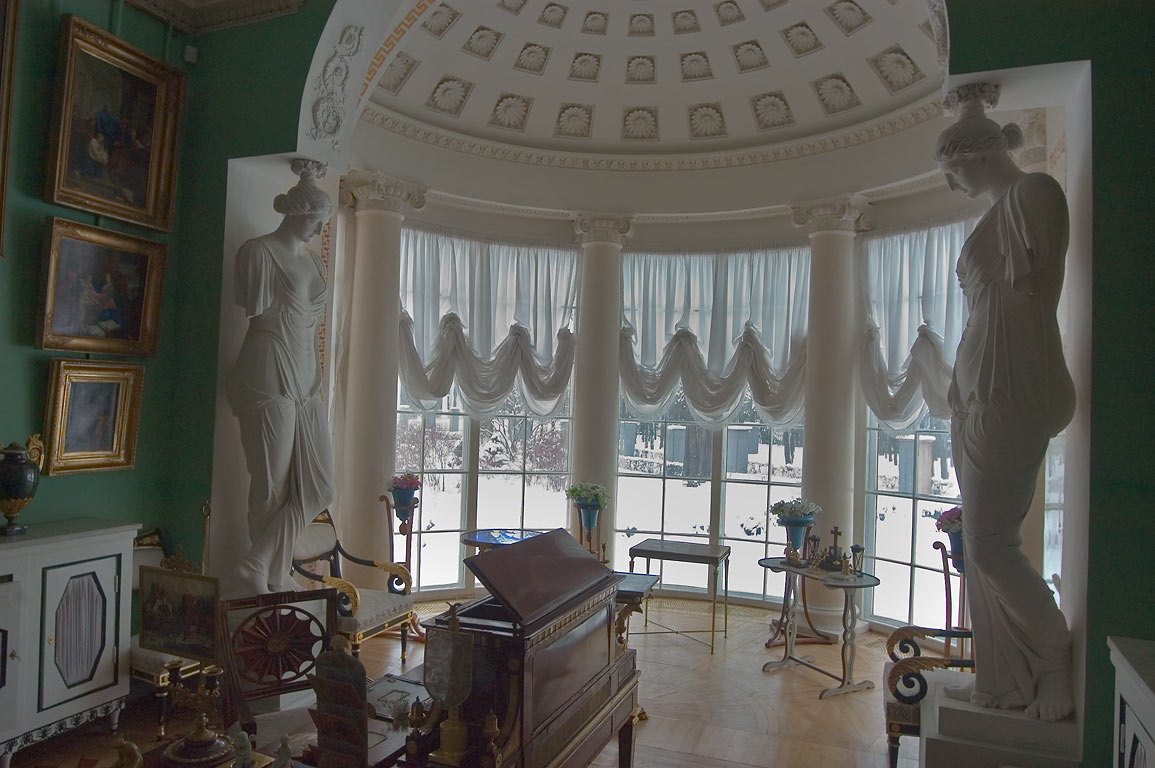 A half-rotunda in Pavlovsky Palace, with snowy...suburb of St.Petersburg, Russia