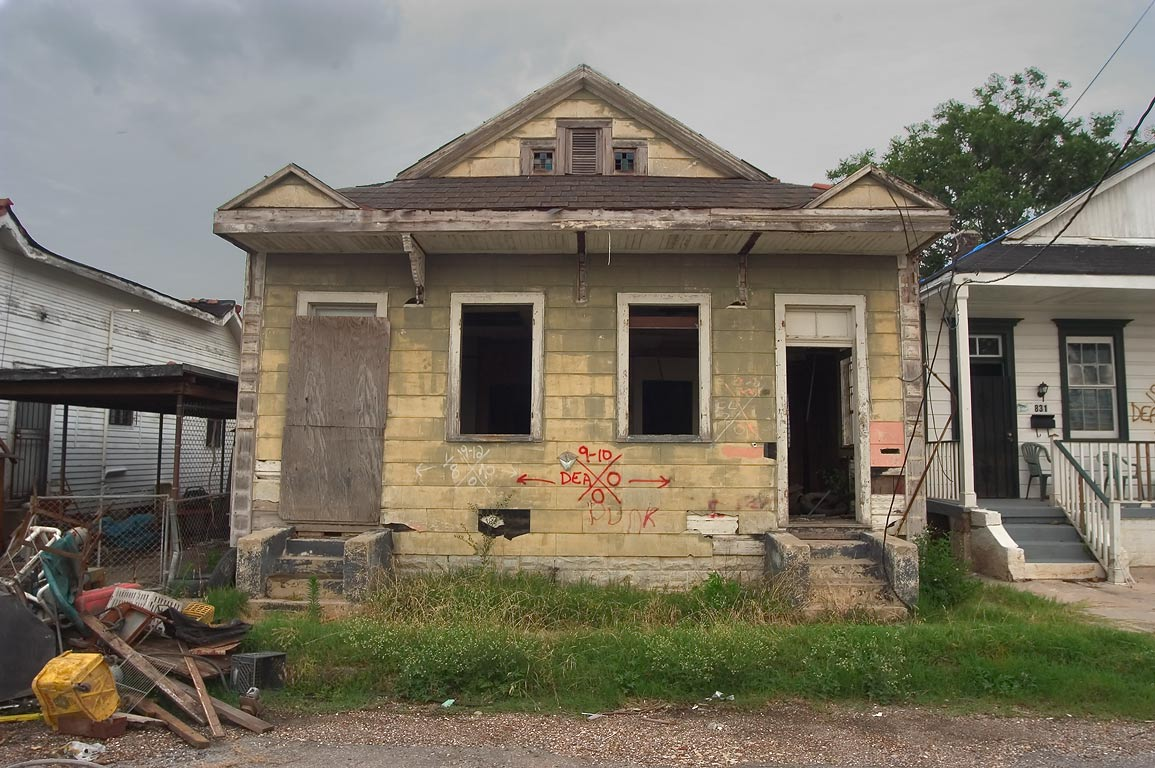 A house next to 831 Lizardi St. near Burgundy St...neighborhood. New Orleans, Louisiana