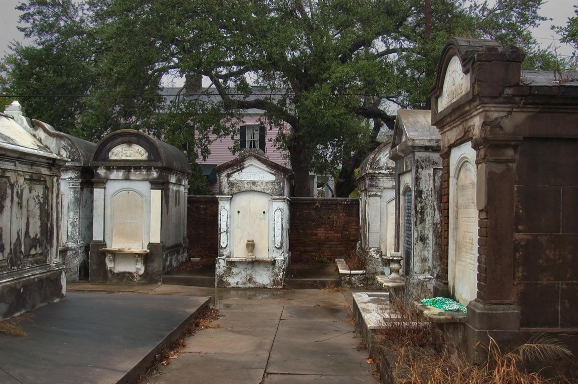 Lafayette Cemetery No. 1, with 6th St. in background. New Orleans, Louisiana