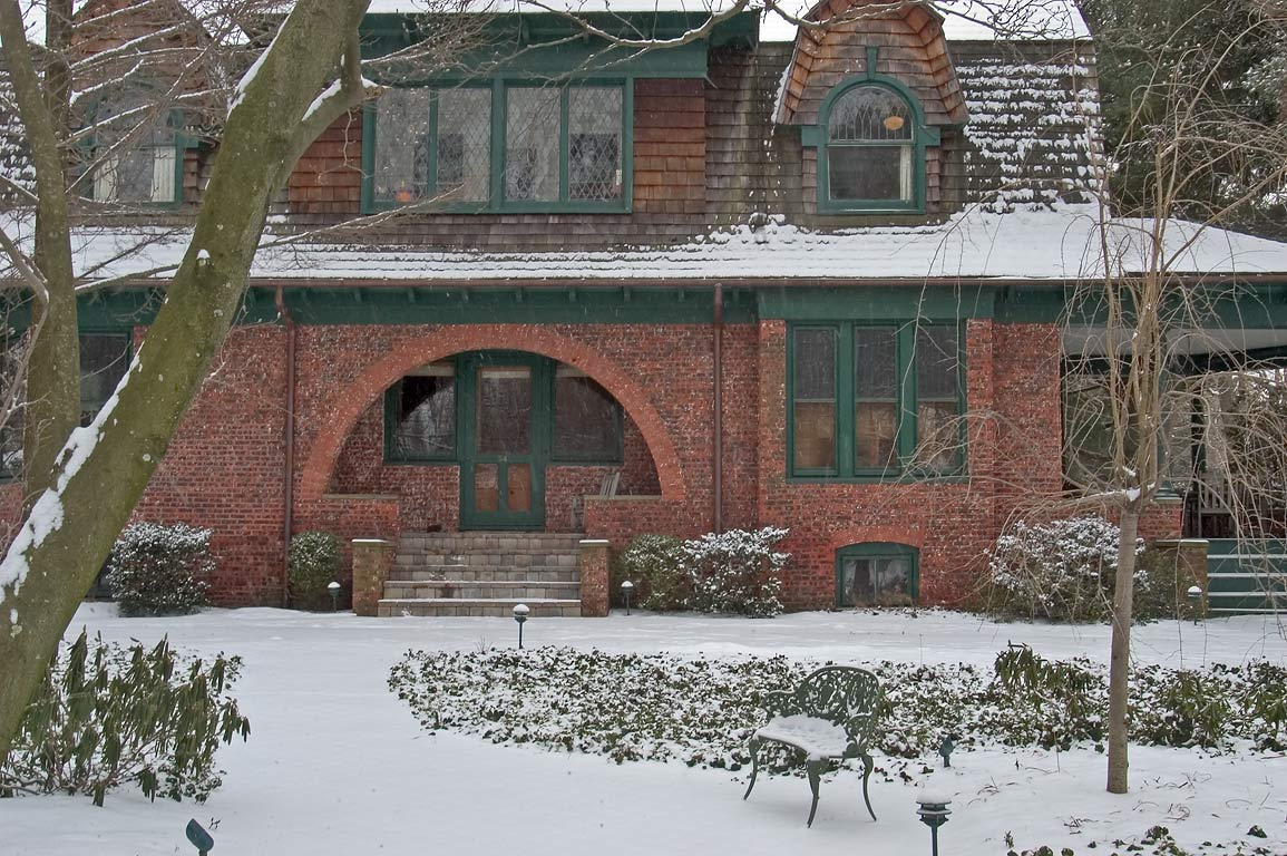 A brick house on Hodge Rd.. Princeton, New Jersey