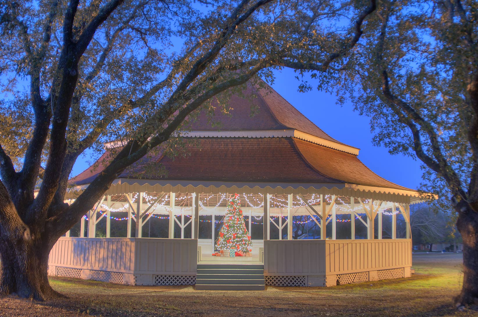Gazebo-style octogonal pavilion in Virginia Field Park. Calvert, Texas