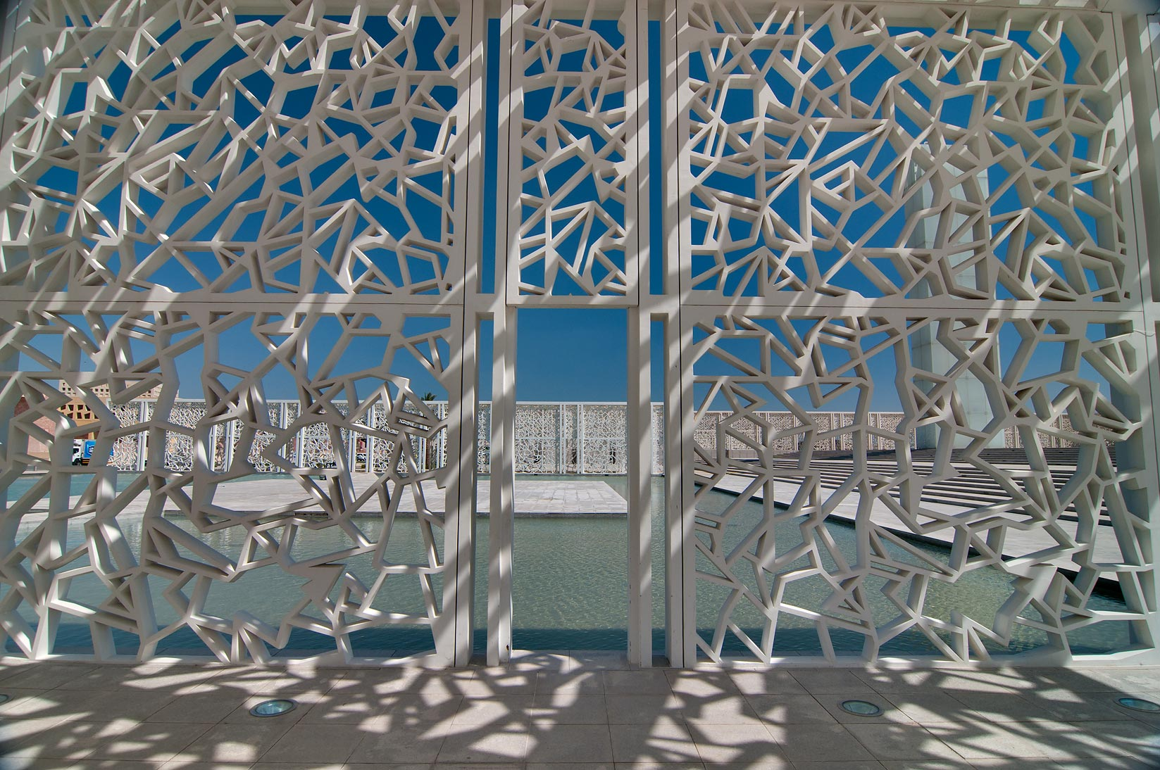 Patterned pergola of Ceremonial Court in Education City campus. Doha, Qatar
