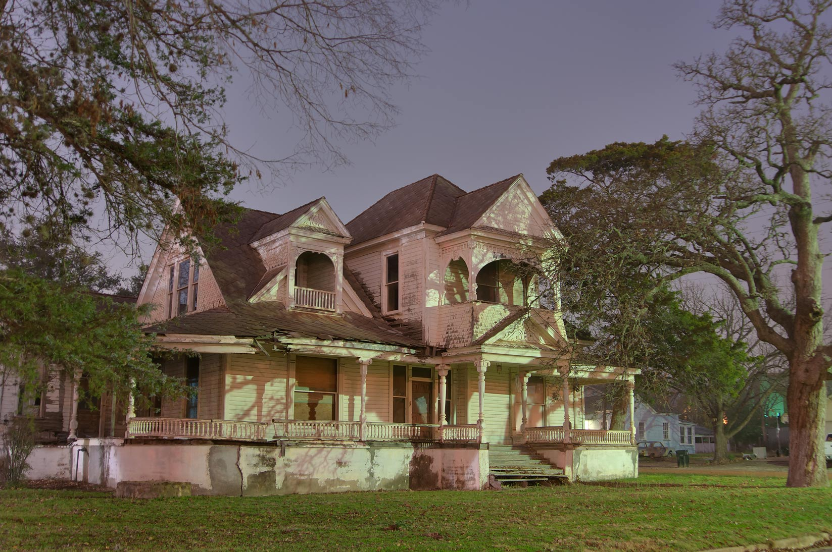 Abrams-Allday House (1887) at 209 East Burnett St., a corner of Pine St.. Calvert, Texas