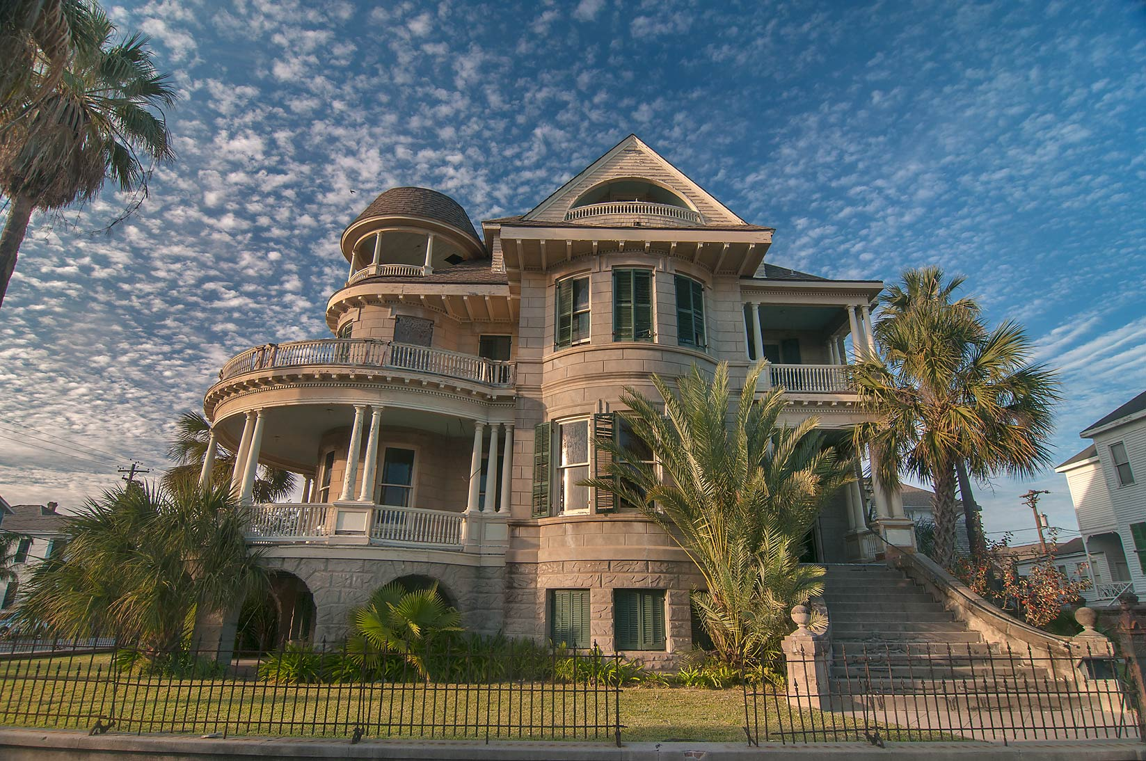 Clarke-Jockusch house (1895) at 1728 Sealy St...Historic District. Galveston, Texas