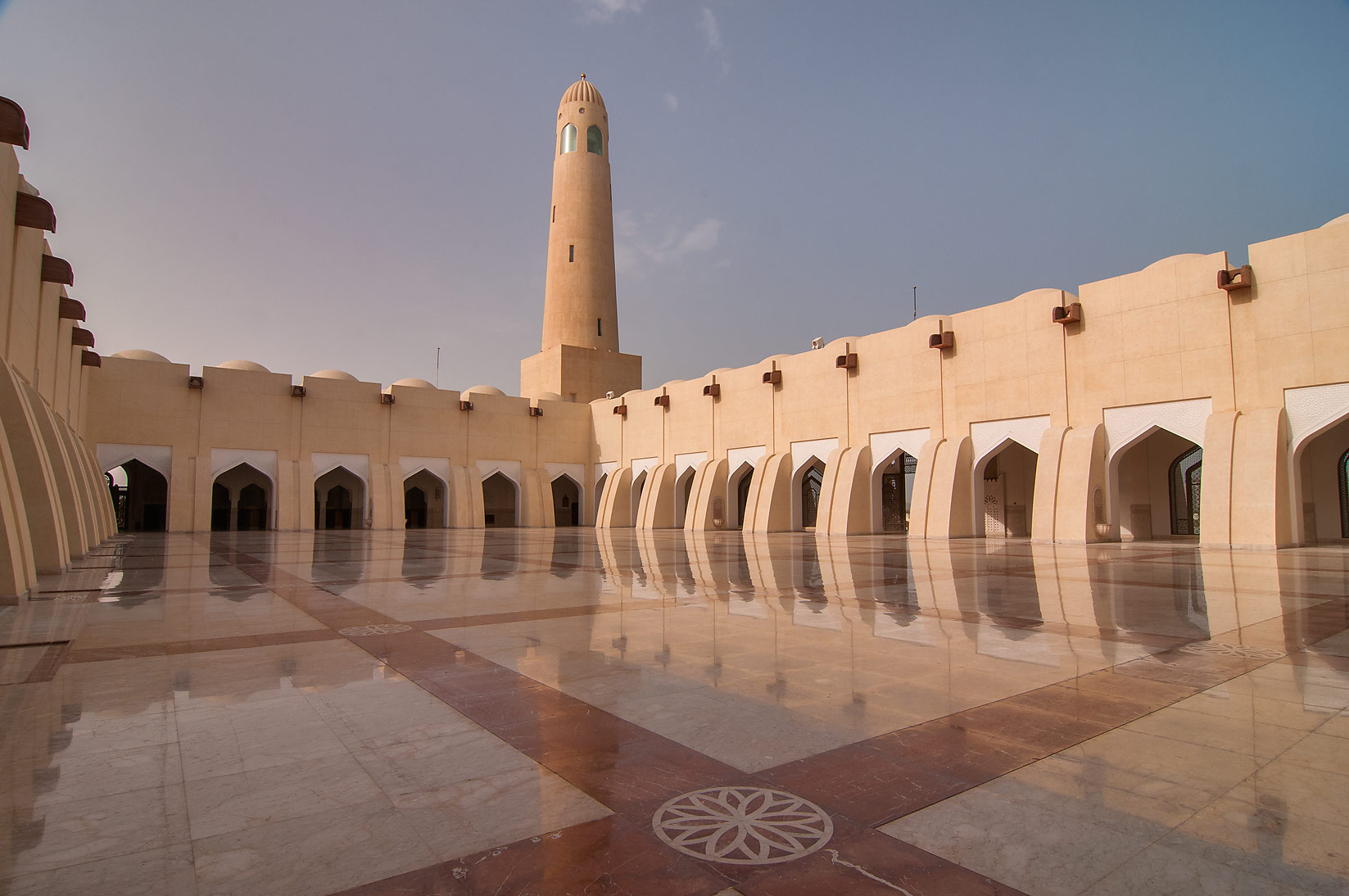 Sahn courtyard where women are allowed in State...Ibn Abdul Wahhab Mosque). Doha, Qatar