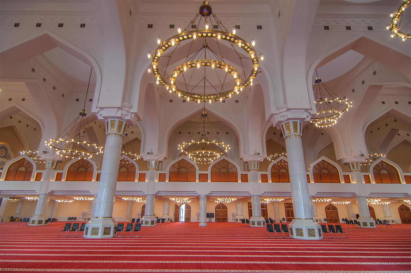 Columns and chandeliers inside State Mosque...Ibn Abdul Wahhab Mosque). Doha, Qatar