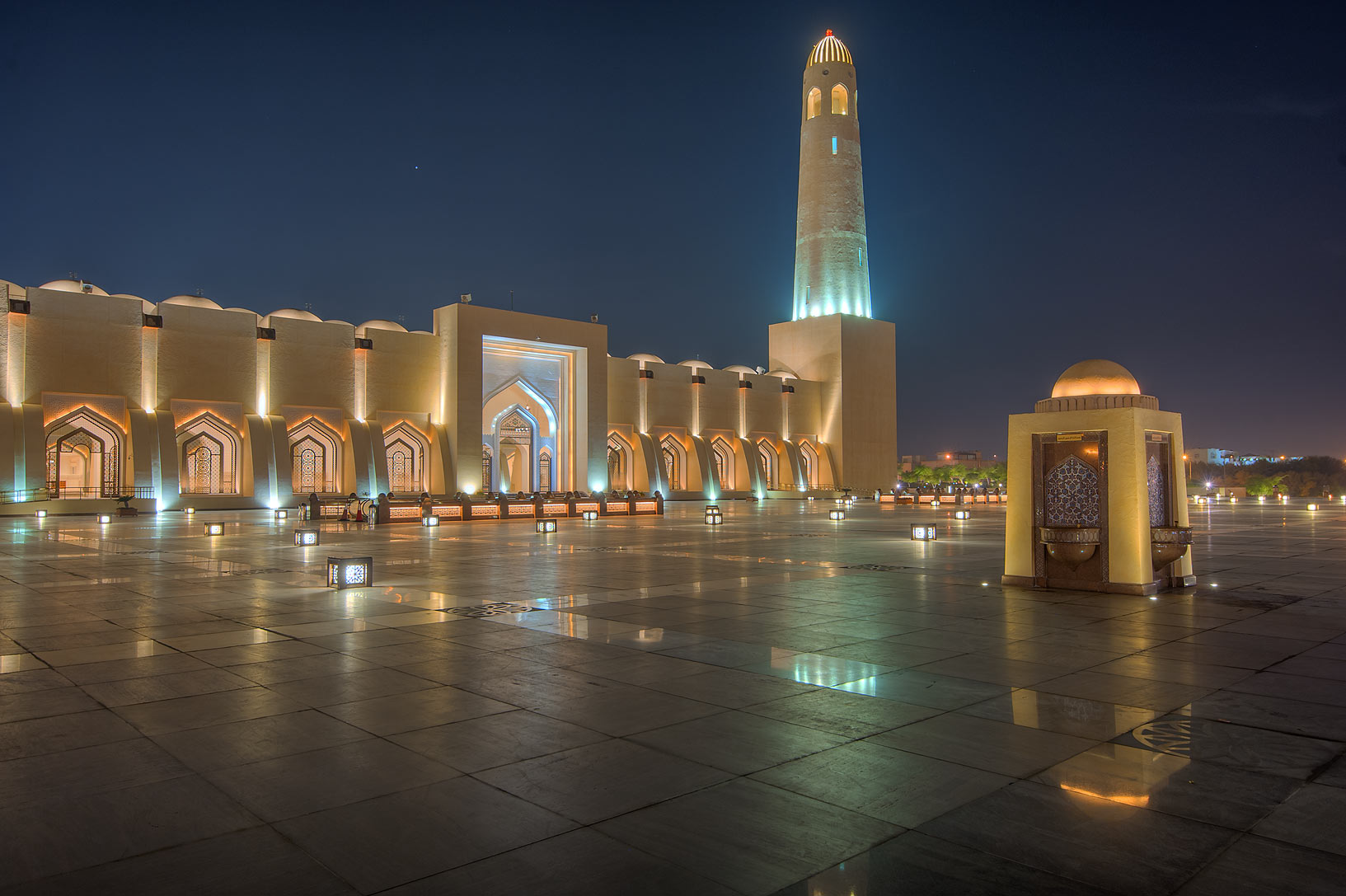 Backyard of State Mosque (Sheikh Muhammad Ibn Abdul Wahhab Mosque). Doha, Qatar