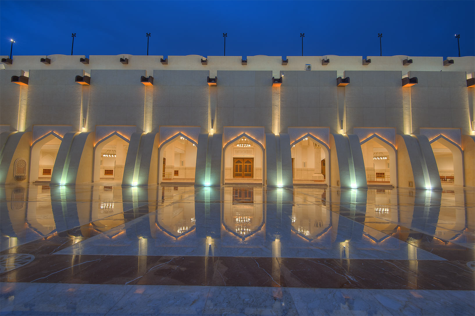 Gallery of women's courtyard of State Mosque...Ibn Abdul Wahhab Mosque). Doha, Qatar