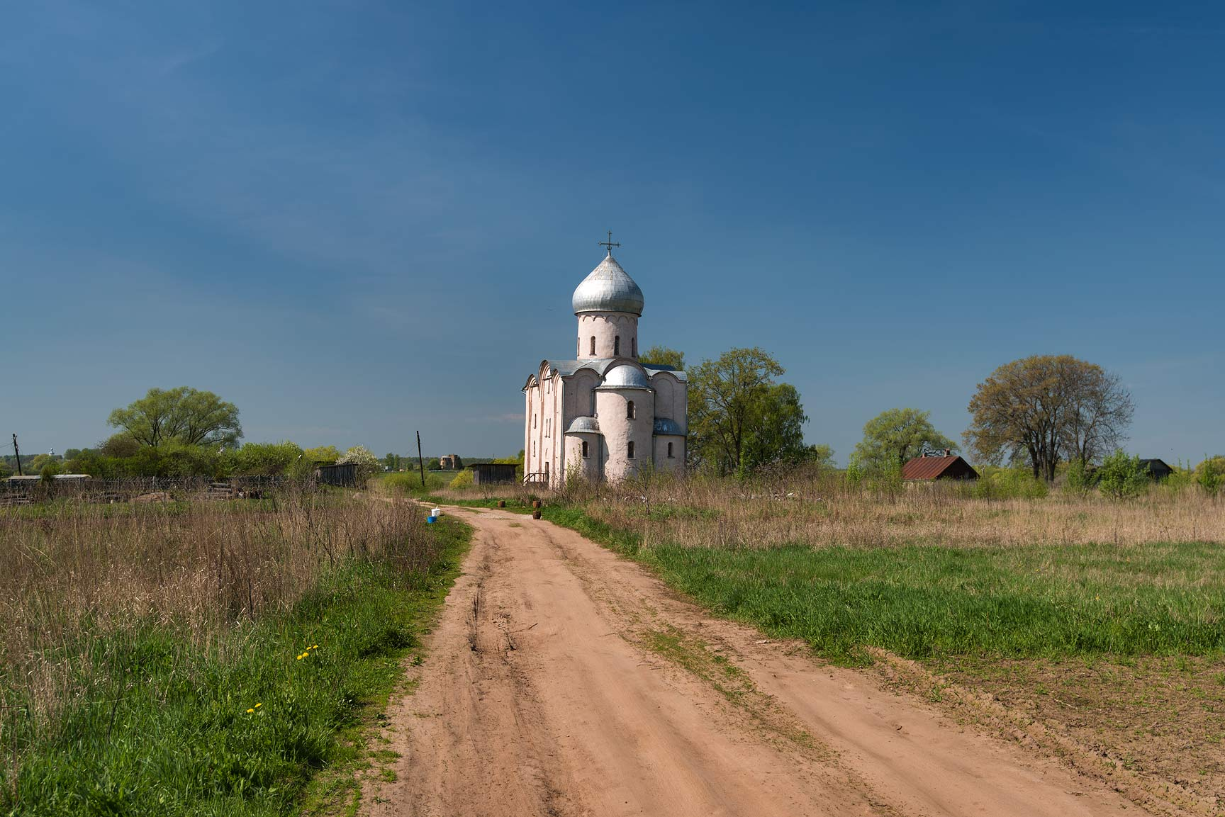 Road to cathedral of Saviour Transfiguration on Nereditsa. Novgorod, Russia